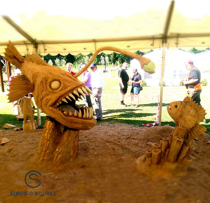 Chainsaw-art-at-its-best-589d04a250958__700