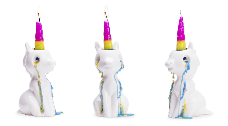 this-crying-unicorn-candle-weeps-waxy-colourful-tears-when-you-light-it11